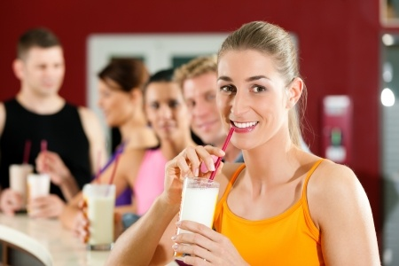 Drinking liquid protein diet shakes