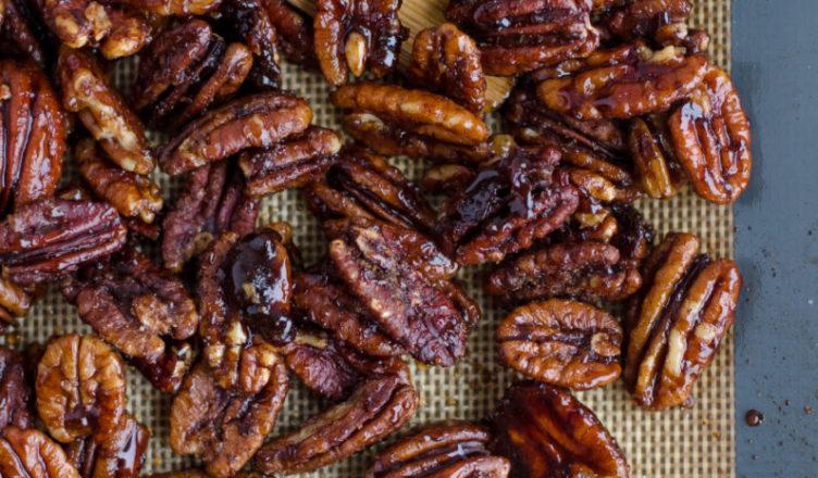 pecan nuts, pecans